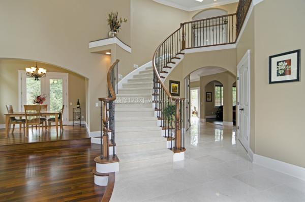 别墅室内楼梯装修图片