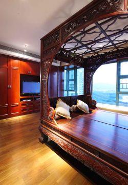 2017别墅中式客厅电视墙设计效果图片