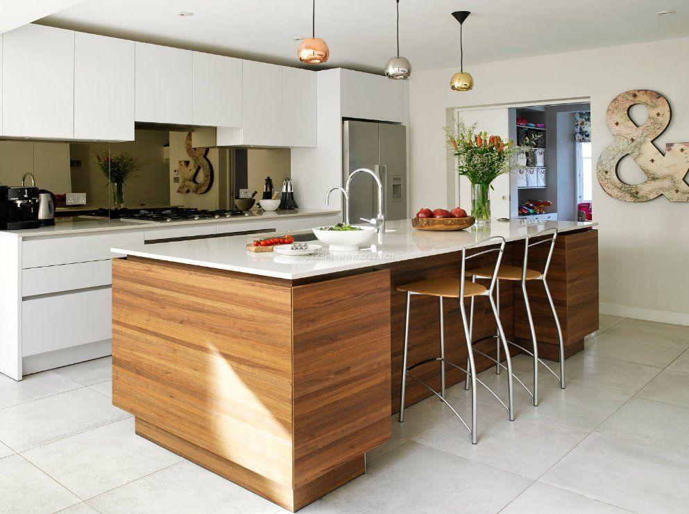 家庭厨房设计带吧台装修效果图