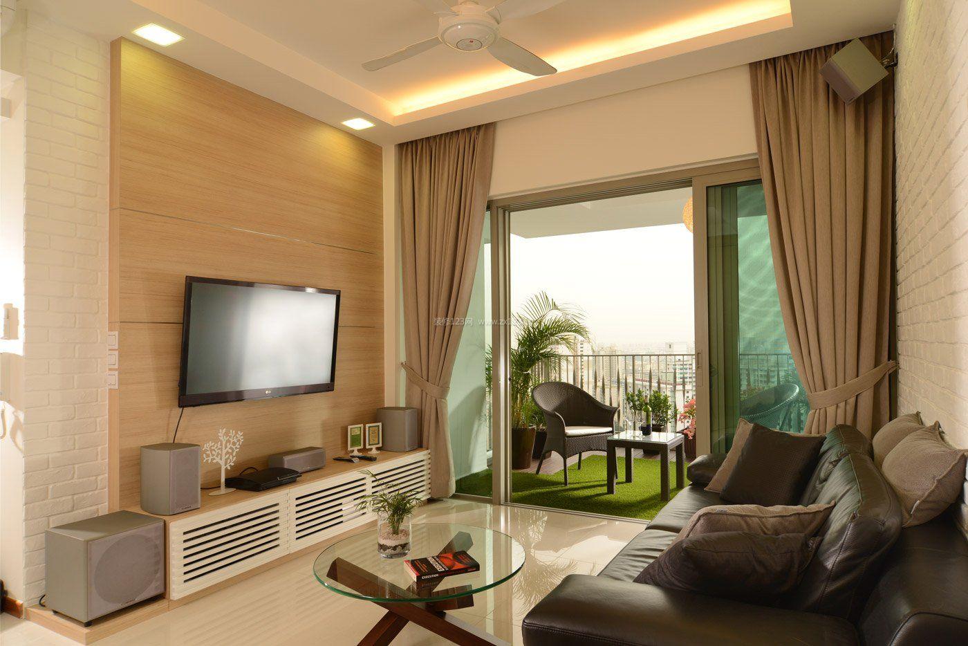 家装效果图 简约 简约小客厅带阳台推拉门设计 提供者:   ← → 可以
