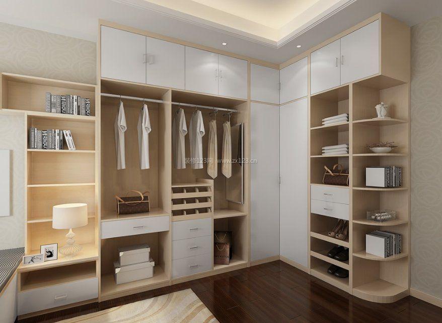 卧室里的步入式衣柜设计图