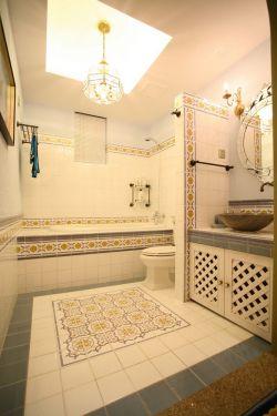 2017纯美地中海风格卫生间家用嵌入式浴缸装修图片