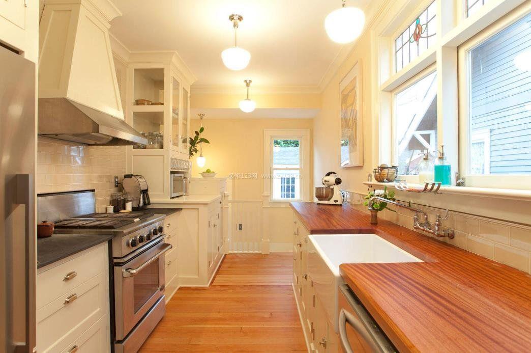 2017别墅室内厨房吧台装修设计图片_装修123效果图