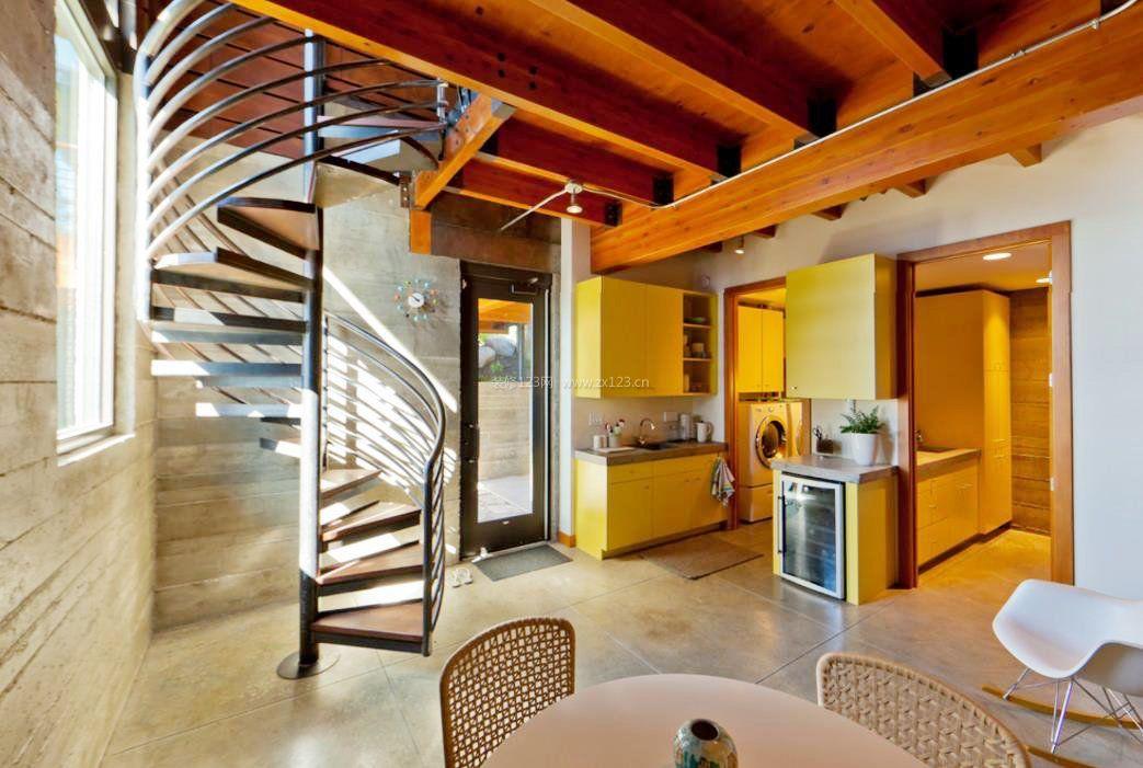 2017简约小户型跃层家庭旋转楼梯设计图