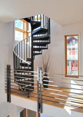 2017简约家庭旋转楼梯设计图