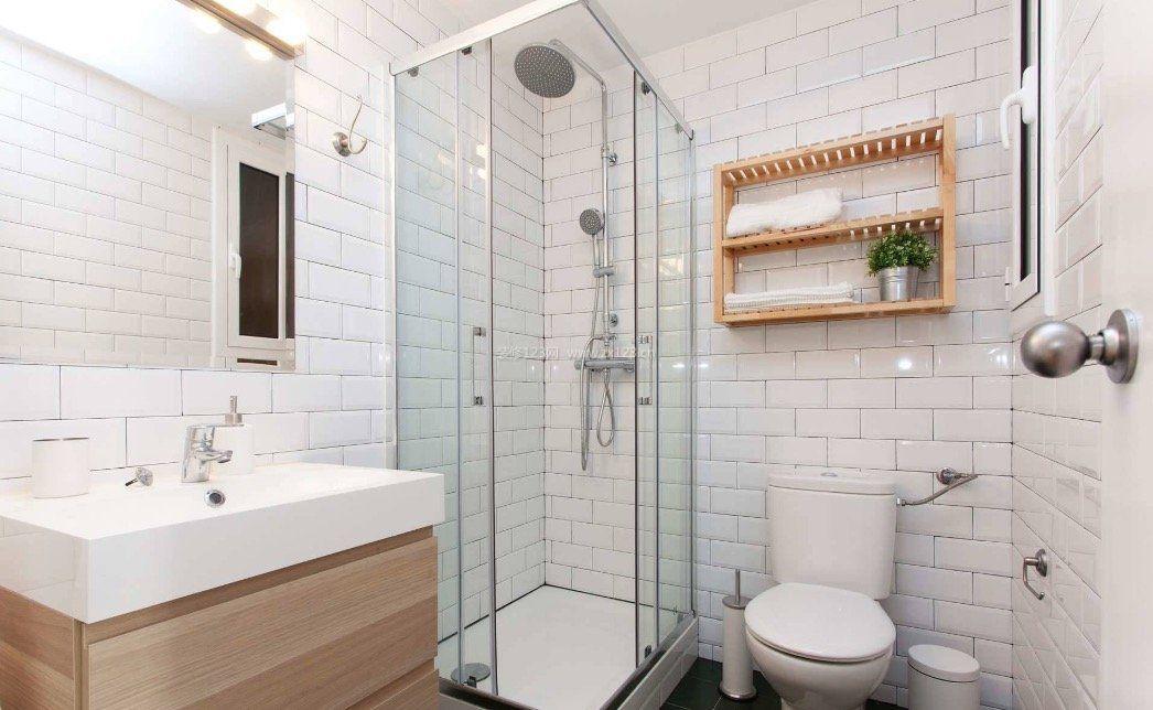 2017北欧小浴室置物架效果图