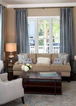 2017客廳藍色窗簾圖片