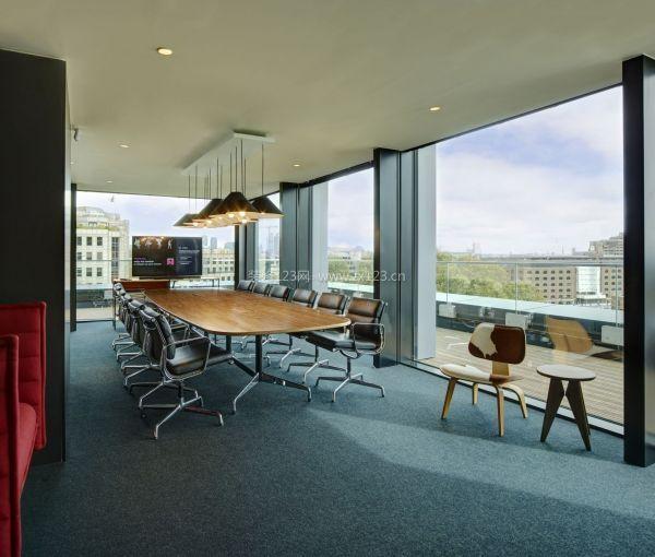 现代会议办公室吊顶装修效果图