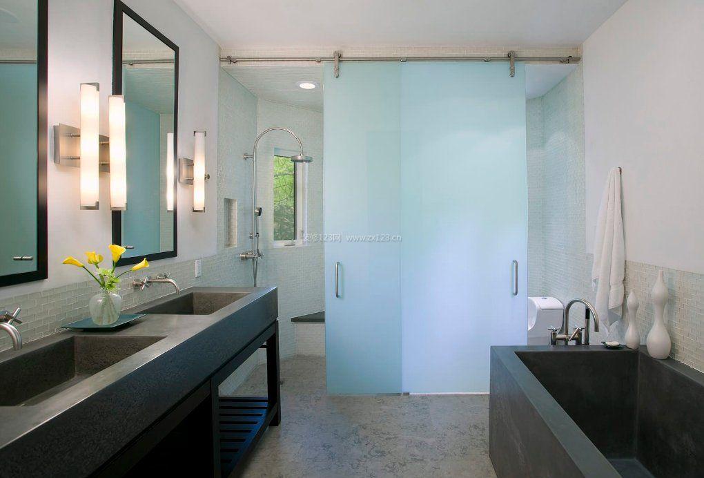 2017小户型浴室玻璃门家居装修效果图