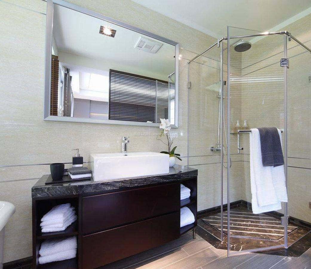 家装效果图 小户型 2017小户型浴室淋浴房玻璃门效果图 提供者