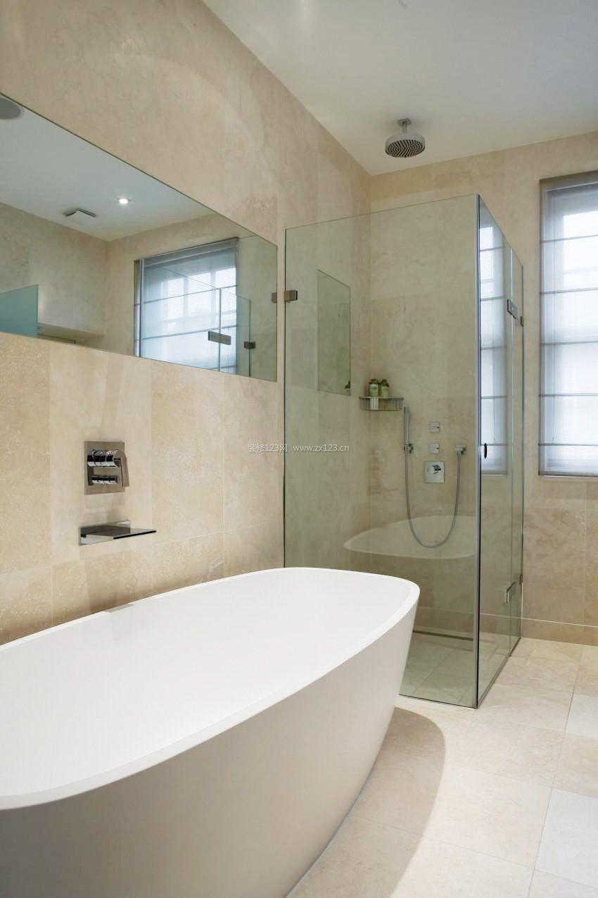 2017小户型装修浴室玻璃门效果图