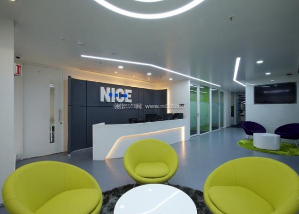 比较办公室装修对电路设计方面的要求