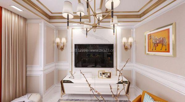线条装饰客厅吊顶,墙面则用优雅的线条装饰细节,简洁却带轻奢品质.图片