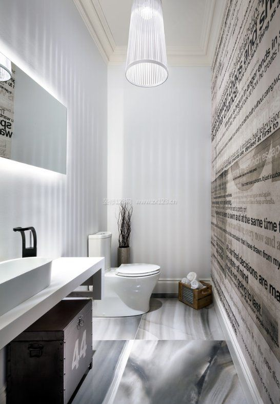 2017长方形洗手间墙纸效果图