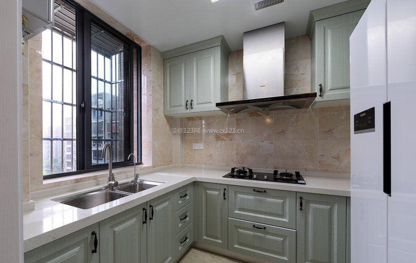 小厨房房间布局设计装修效果图片