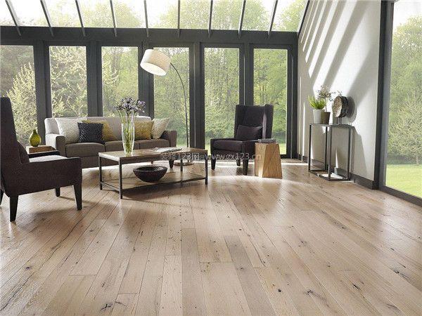 家庭装修木地板