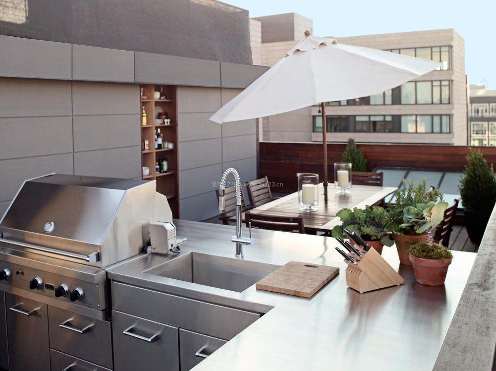 顶楼露台不锈钢厨具装修效果图
