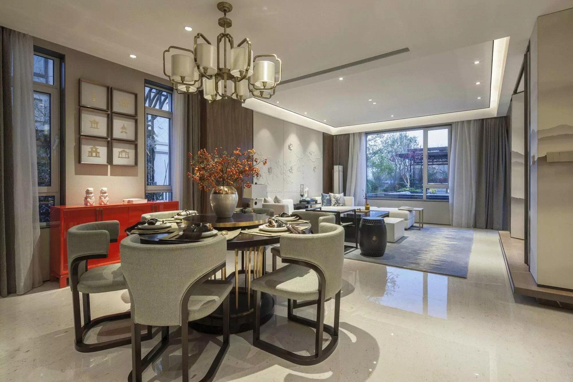 家装效果图 中式 2018新中式豪宅餐厅吊灯装修效果图 提供者:   ←图片