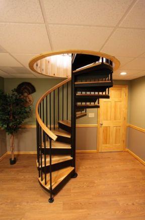 2018小复式旋转楼梯室内装饰效果图