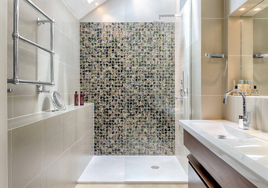 现代小户型家庭浴室马赛克效果图_装修123效果图