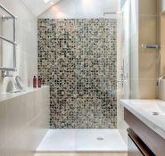 现代小户型家庭浴室马赛克效果图