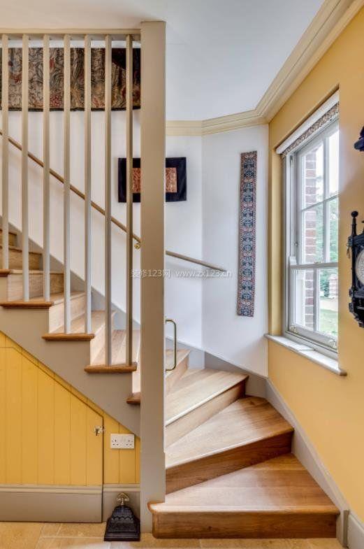 2018木结构楼梯设计装修大全欣赏