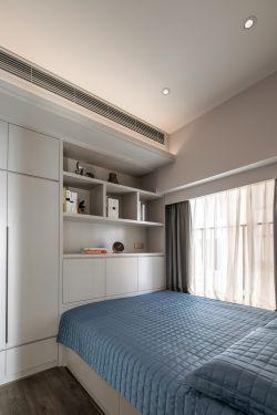 2018现代家庭主卧室柜子设计效果图