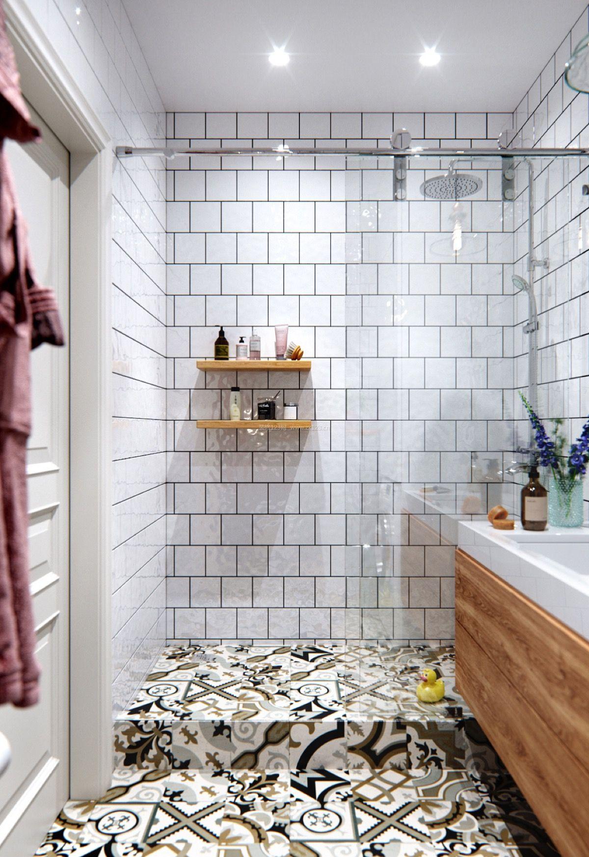 北欧卫生间白色瓷砖设计图片