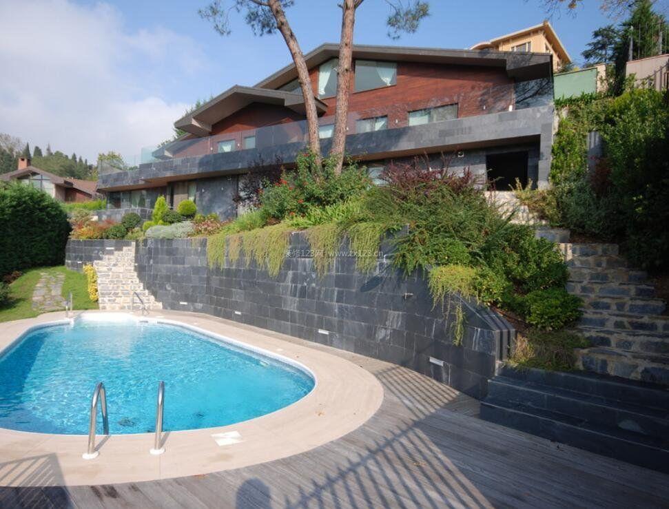 家庭别墅门口两边台阶设计图片