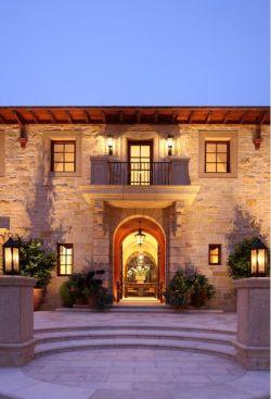 两层别墅门口台阶装修设计