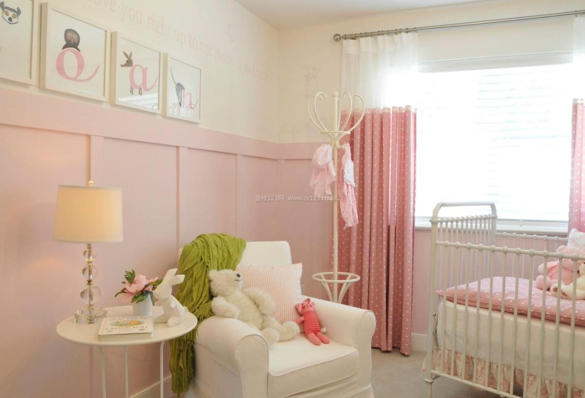 2018儿童卧室粉色窗帘图片