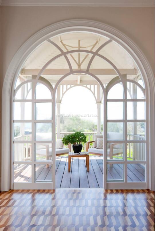 欧式阳台玻璃门洞造型设计图片