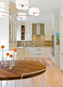 廚房樣板間u型設計實景照片