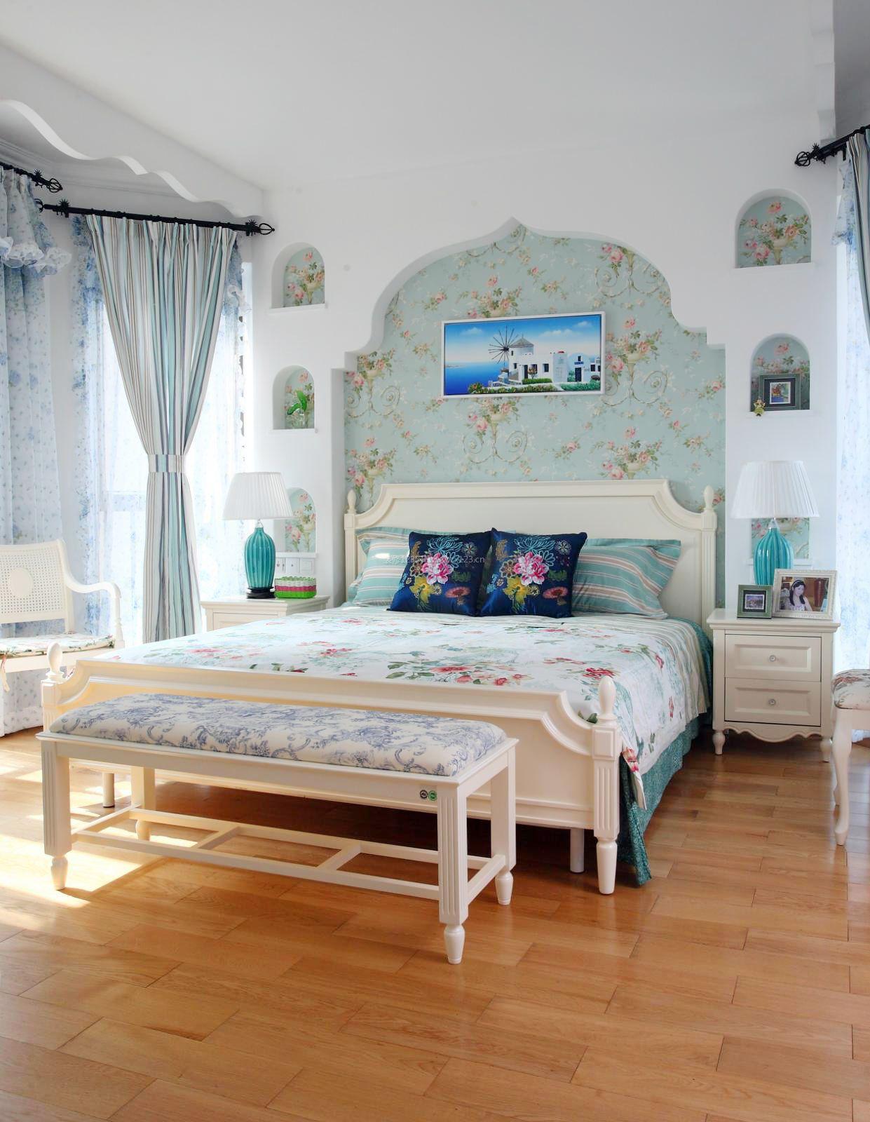 2018欧式田园卧室床头照片墙_装修123效果图图片