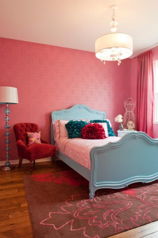 2018家装卧室粉色墙纸效果图
