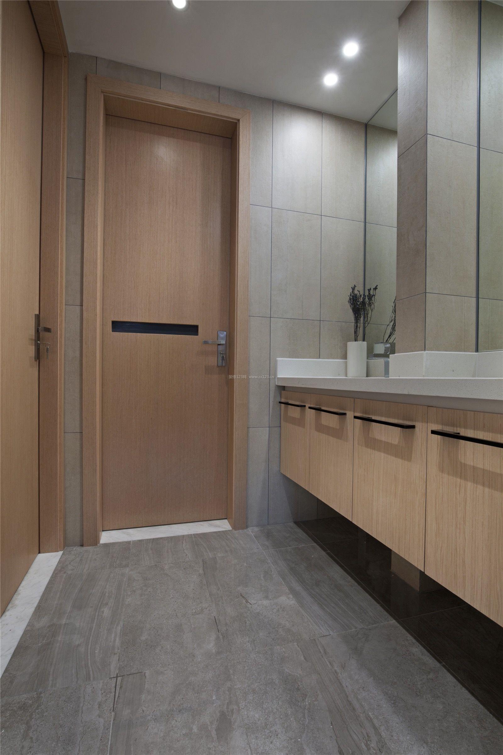 2018现代卫生间灰色地砖装修效果图片大全