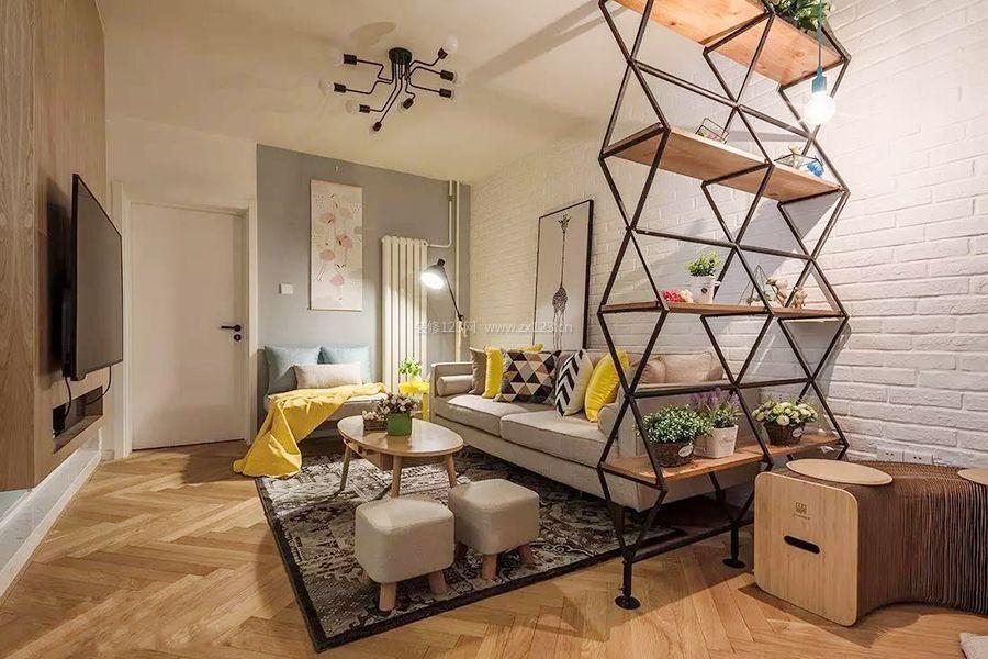 2018北欧风格客厅花架隔断装修效果图片