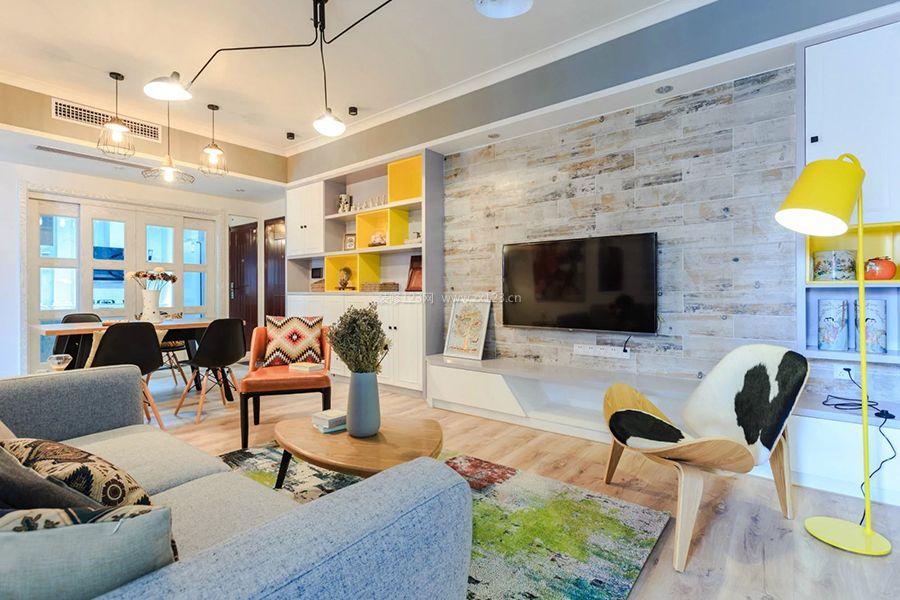 现代北欧风格客厅墙砖电视墙装修效果图片图片