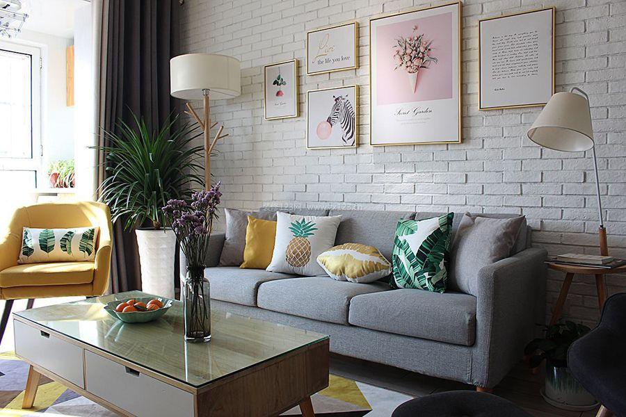 北欧现代风格客厅沙发墙砖背景墙装修图片