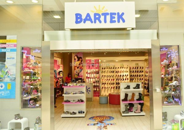 儿童鞋店门头装修效果图