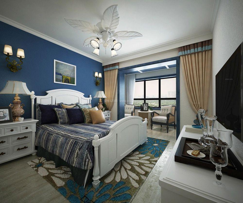 地中海风格卧室带阳台装修效果图