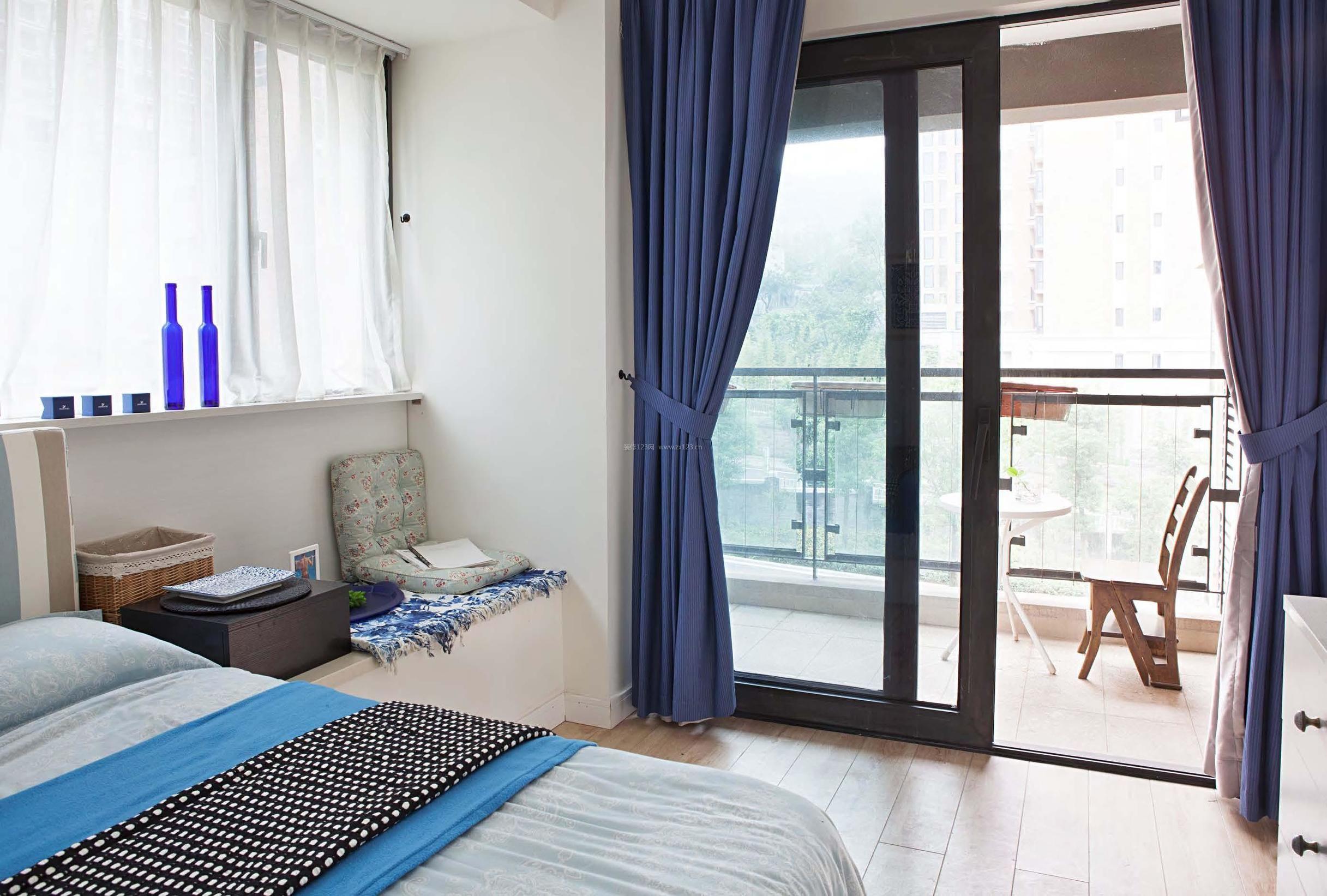 主卧室带休闲阳台设计图片一览