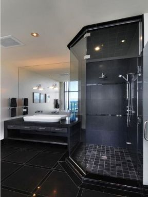 整體淋浴房裝修效果圖片 2018黑色衛生間瓷磚設計