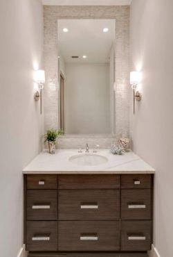 小戶型衛生間洗手臺壁柜鏡前燈圖片
