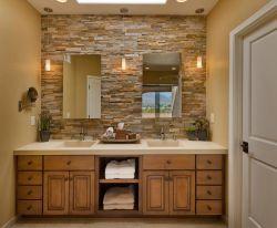 美式衛生間洗手臺鏡前燈裝飾效果圖片