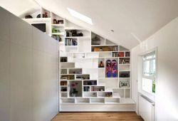 北歐風格斜頂閣樓書房天窗設計圖片
