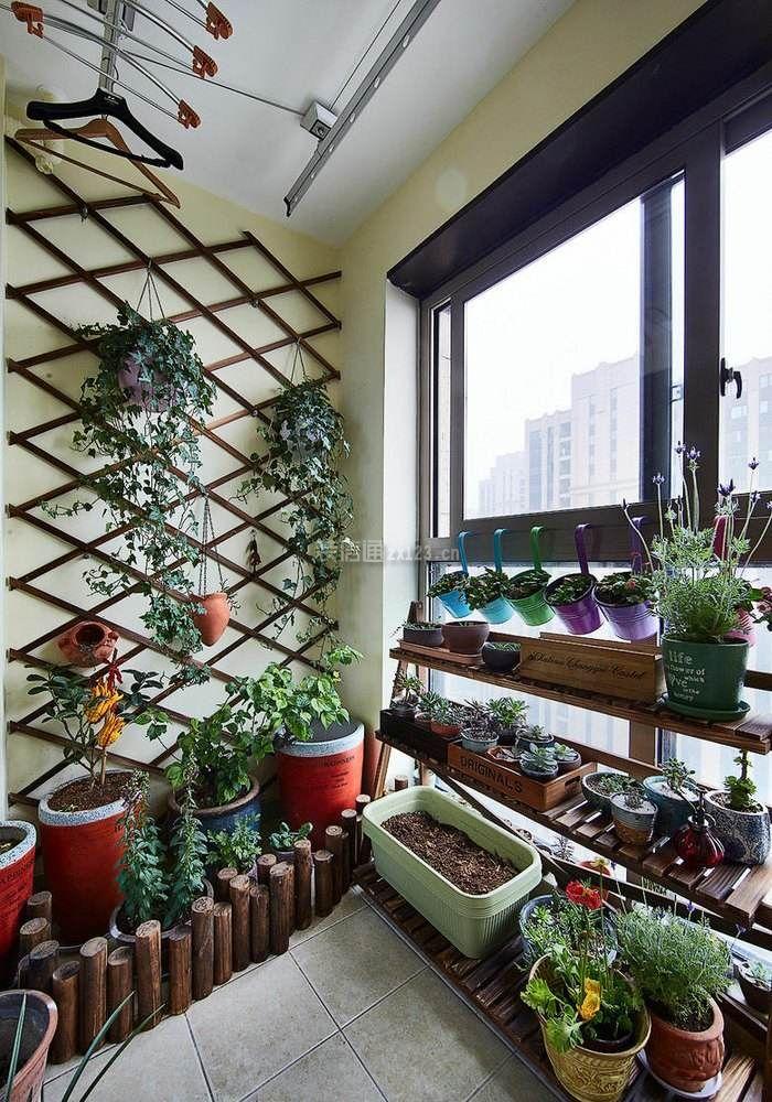 阳台小花园墙壁花架装修设计图片