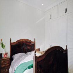 工業風格臥室白色衣柜設計圖片