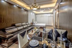 現代風格客廳樣板房沙發背景墻設計圖片