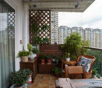 简美式133平米三居阳台花园地面装修图片
